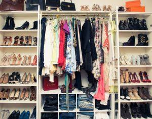 Làm thế nào để chống ẩm mốc áo quần